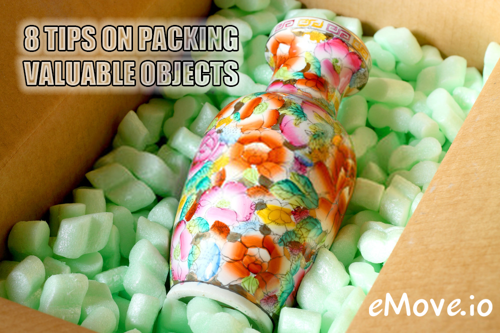 packing valuable objects